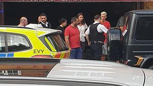 Son dakika: Mesut Özile bıçaklı saldırı girişimi