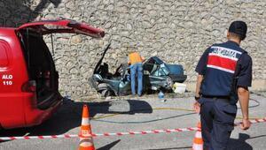 Otomobil 10 metreden düştü: 1 ölü, 4 yaralı