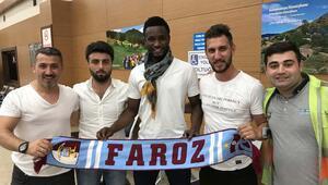 Obi Mikel Trabzon'a geldi