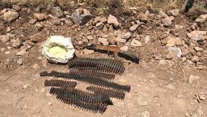 Pervaride PKKnın silah ve mühimmatı ele geçirildi