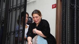 Şişlide eşiyle kavga eden yaralı kadın olay yerinde gazetecilere tepki gösterdi