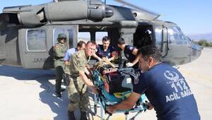 Kazazedenin yardımına Mehmetçik koştu, askeri helikopterle hastaneye ulaştırdı