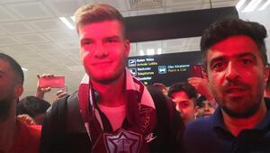 Son Dakika Trabzonspor Transfer Haberi   Alexander Sörloth geldi