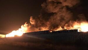 Son dakika... Geceyi aydınlatan yangın İtfaiye ekipleri seferber oldu