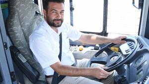 Otobüs şoförü, kalp krizi geçiren yolcuyu hastaneye yetiştirdi
