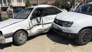 Dinarda kaza: 4 yaralı
