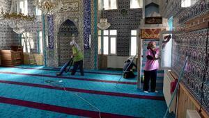 Tepebaşı'nda camiler bayrama hazırlanıyor