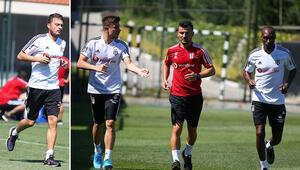 Beşiktaşta Atiba, Dorukhan ve Ljajic takımdan ayrı çalıştı