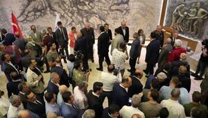 Gaziantepte, kamu görevlileri bayramlaştı
