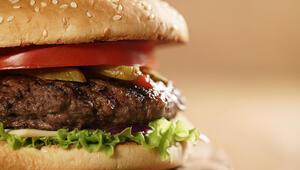 Hamburger köftesi nasıl yapılır İşte pratik hamburger köftesi tarifi ve hamburger köftesi yapmanın püf noktaları