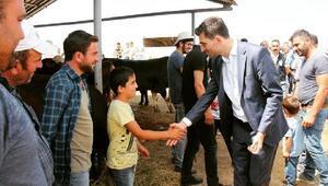 Başkan Karagöl, kurban pazarını gezdi