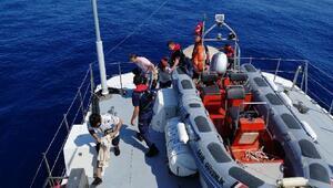 Datçada 16 kaçak göçmen yakalandı
