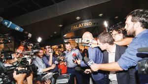 Salvini atakta