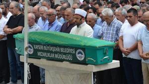Üvey evlat olduğunu öğrenen Muhammed ve öldürdüğü yengesi toprağa verildi