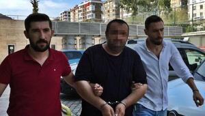 Babasının boğazına bıçak dayayarak para isteyen oğlu, gözaltına alındı