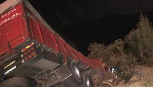 İznikde kamyon şarampole devrildi: 1 ölü