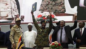 Son dakika... Sudanda Anayasal Bildiri anlaşması imzalandı
