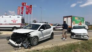 Keşanda otomobiller çarpıştı: 6 yaralı