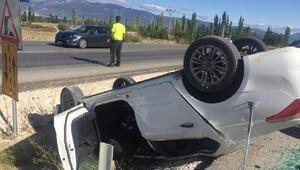 Burdurda otomobil takla attı: 4 yaralı