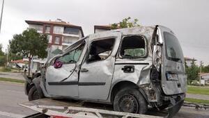 Bayram tatili dönüşü kaza: 1i çocuk 6 yaralı