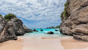 Dünyanın en sıra dışı 10 plajı! Hepsinin rengi pembe...