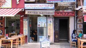 İstanbul Aksarayda yine birçok tabela Arapça