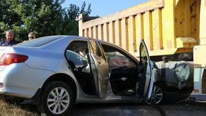 Kamyonla otomobil çarpıştı: 1 yaralı