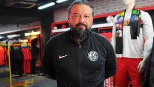 Eskişehirspor'da istifa eden Osman Taş, geri döndü