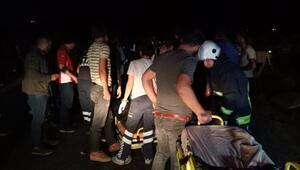 Vanda kaçak göçmen taşıyan minibüs devrildi: 35 yaralı