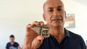Domuztepede 8 bin yıllık leopar maskesi figürü bulundu