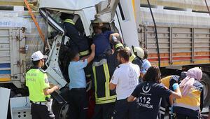 Eskişehir'de 6 araç birbirine girdi: 2 yaralı