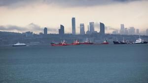 İstanbul'da yine sel... Komşuları kurtardı