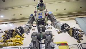 Rusya, uzaya insansı robot yolladı