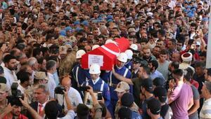 Şehit Uzman Çavuşu, Adıyamanda binlerce kişi uğurladı