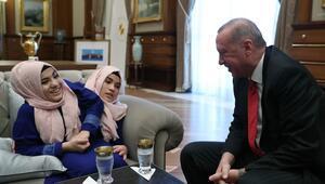 Cumhurbaşkanı Erdoğan siyam ikizlerini ağırladı