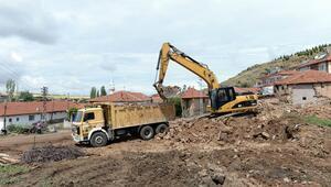 15 mahalledeki 90 metruk yapı yıkıldı