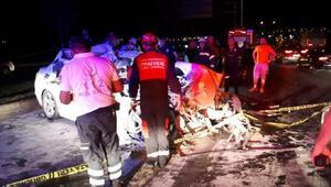 Kamyona arkadan çarpan otomobilin sürücüsü öldü