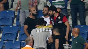 Arda Turan'ın kardeşi olay çıkardı! Fenerbahçe'nin golünden sonra...