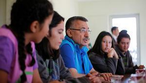 Fuat Oktaydan KKTCye gençlik kampı müjdesi