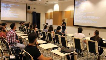 Microsoft Türkiye'nin istihdam odaklı programı 'İşim Gücüm Kod' İstanbul'da başladı