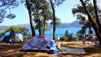 Tatilcilerden çadır kamplara yoğun ilgi