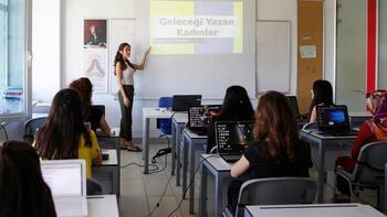 Geleceği Yazan Kadınlar Projesi Business Call to Action ağına katılıyor
