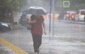 İstanbul'u 'çok hücreli fırtına' vurdu!