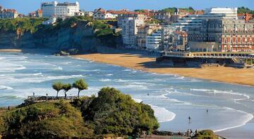 36 saatte Biarritz (Fransa)