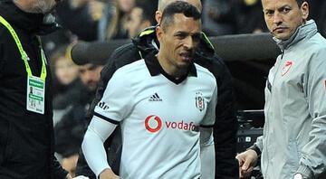 Yıldız futbolcuya hapis cezası