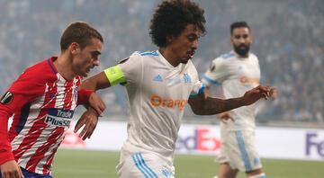 Luiz Gustavoda sıcak gelişme Sürpriz bir isim daha... | Fenerbahçe Transfer Haberleri