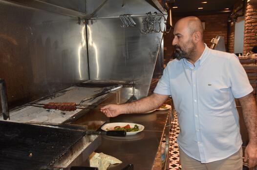 Sivas'ta lezzet, sanat, kitap aynı çatı altında bir araya geldi