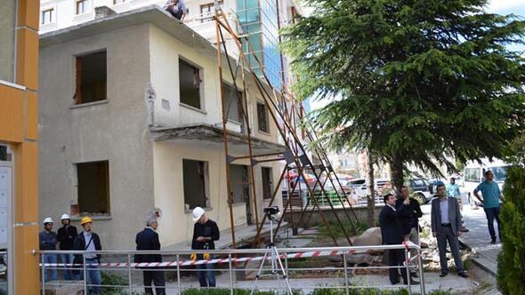 30 yıllık binada deprem deneyi