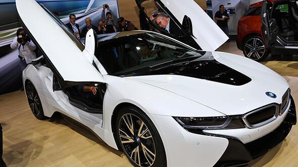 Shopping Fest'in büyük ödülü BMW i8