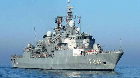 Tcg Yıldırım Fırkateyni Marmaris Limanı'nı Ziyaret Etti